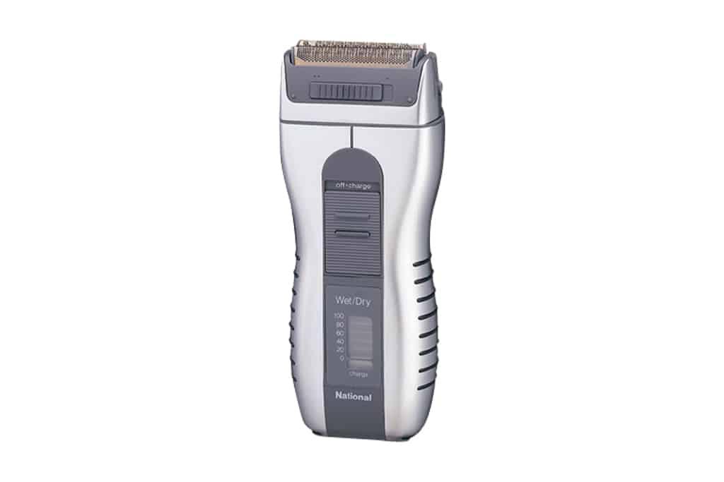 1991 - Zu Beginn der 90er wurden Rasierer ergonomischer.