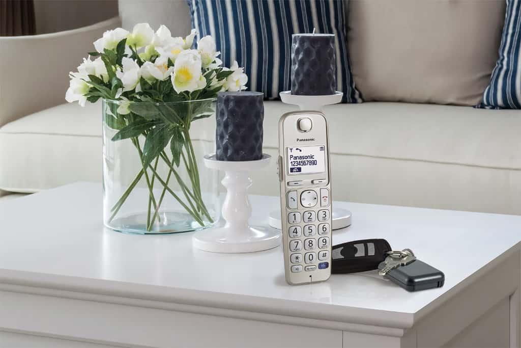 Haustelefon findet Haustürschlüssel: Der Panasonic Schlüsselfinder.