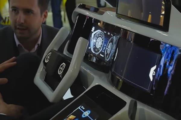 Das Armaturenbrett wird virtuell