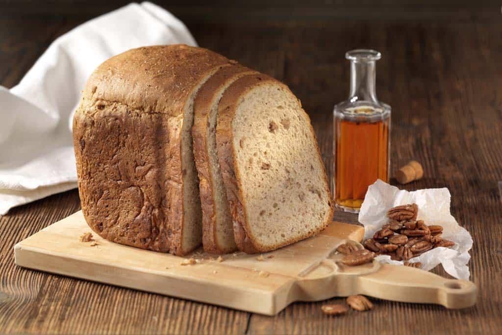 Süße Herbstgabe: Brot mit Pekanüssen, Ahornsirup und Vanille.