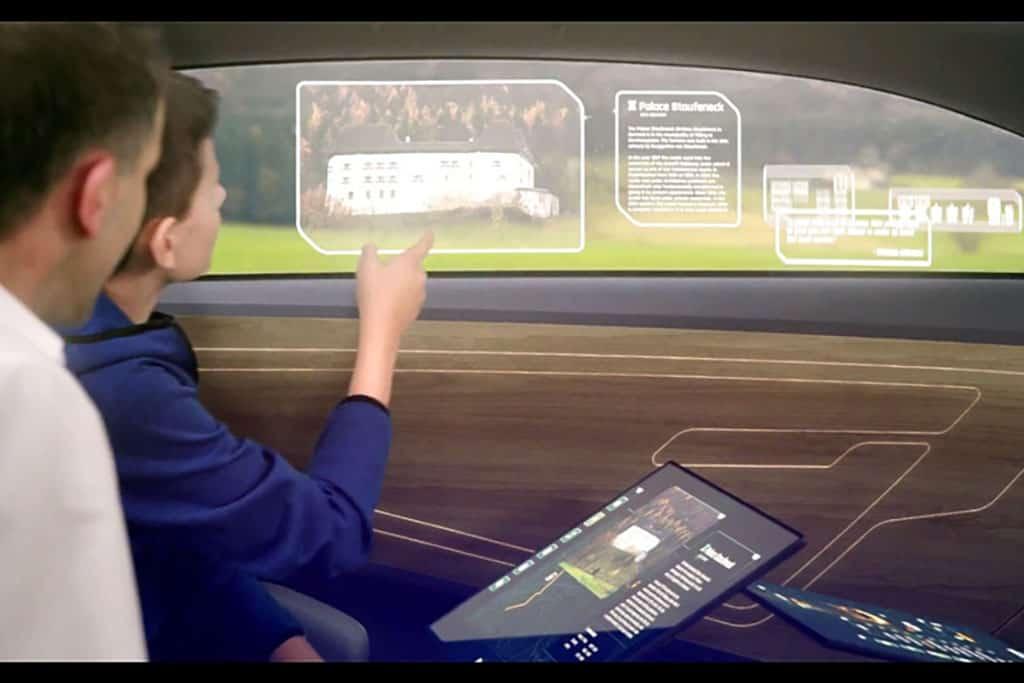 Intelligentes Seitenfenster: Glas-Scheibe im Auto als interaktives Display nutzbar
