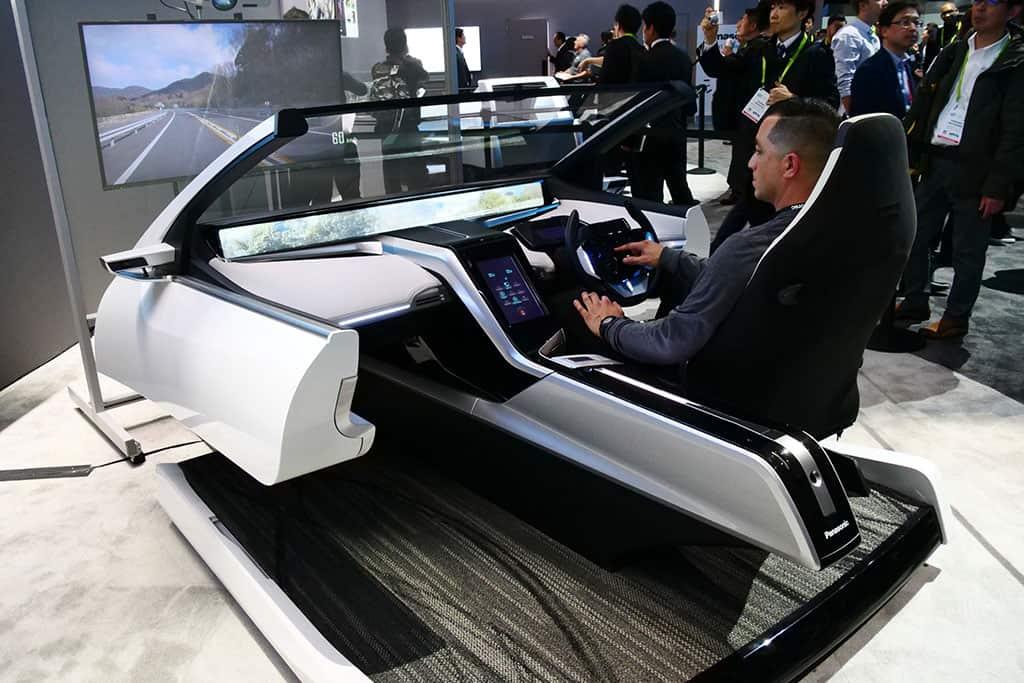 Mit innovativer Bildschirm-Technik wird das Auto der Zukunft zum Wohnzimmer
