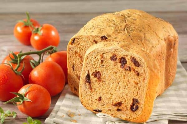 Tomatenbrot aus dem Brotbackautomaten