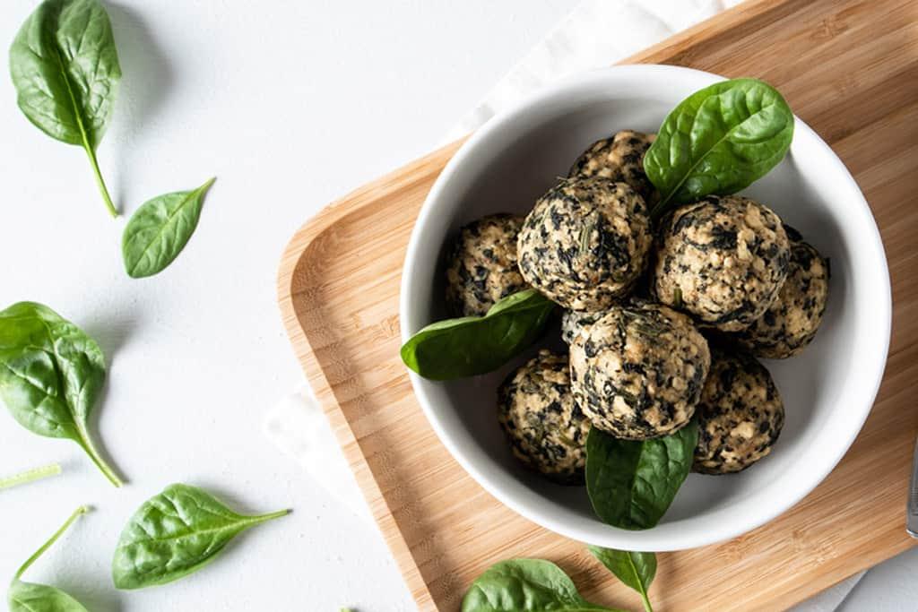 Vegane Tofu-Frikadellen selbermachen.