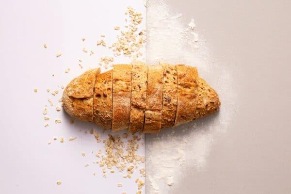 Glutenfreies Brot: So backen Sie es einfach zu Hause.