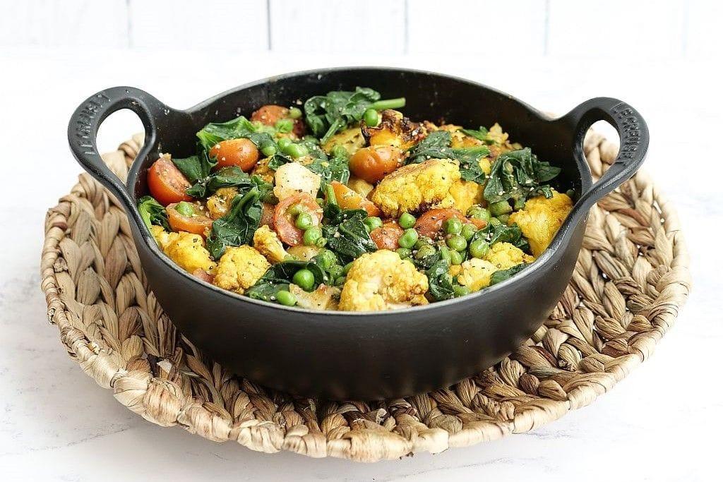 Vegetarisches Blumenkohl-Curry.