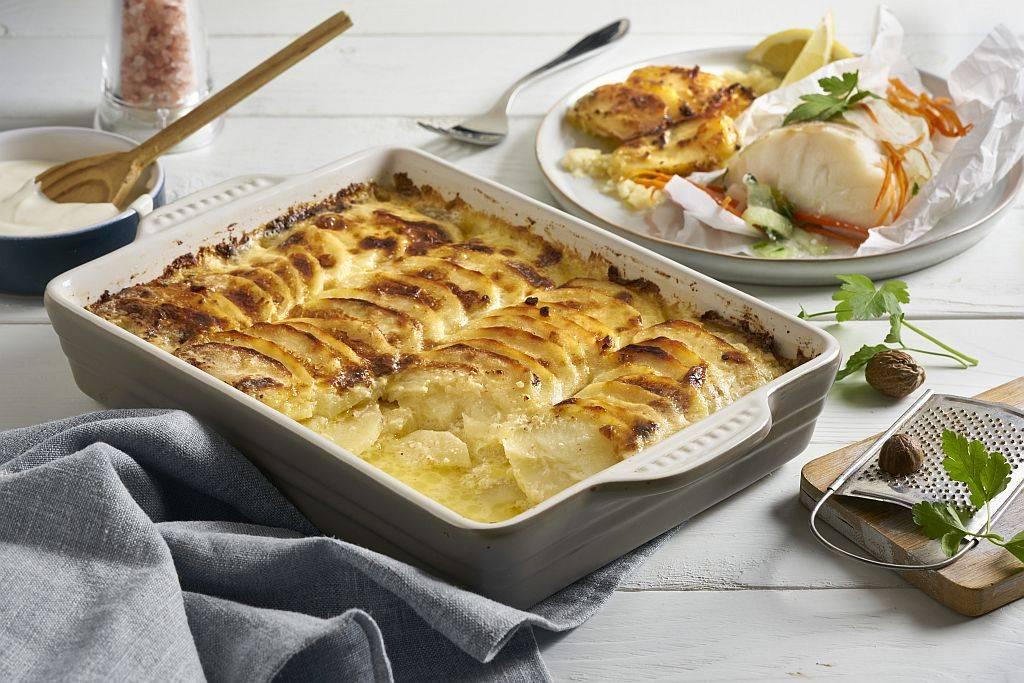 Gratin dauphinois. Schnelles Kartoffelgratin aus dem Panasonic Kombi-Ofen.
