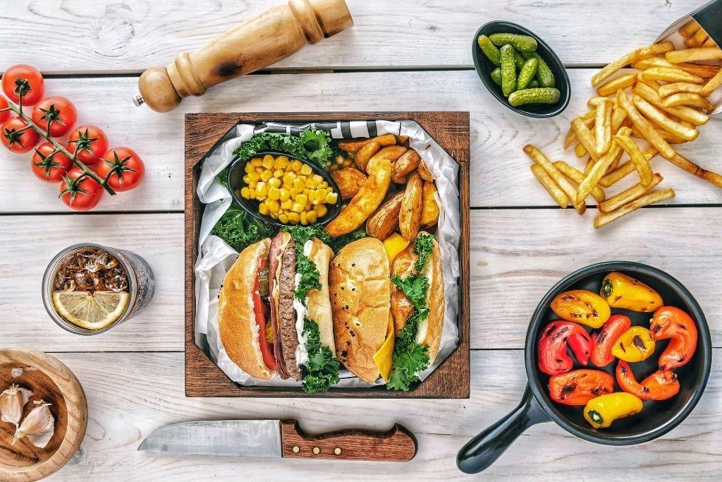 Food-Fotografie_Die Kamera isst mit_pex_1