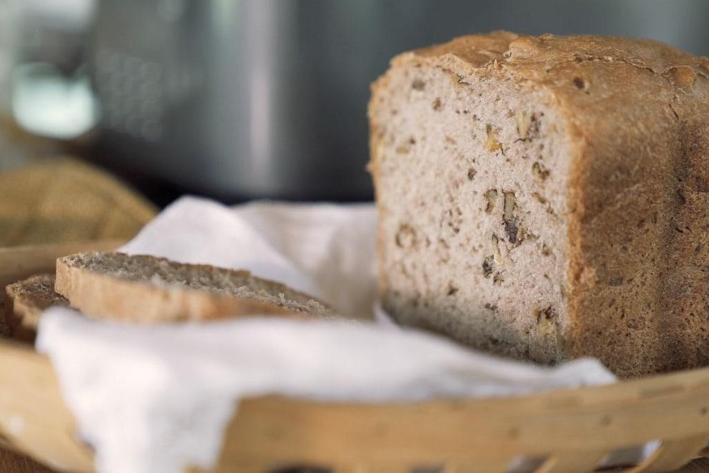 Dinkel-Walnuss-Brot aus dem Brotbackautomaten